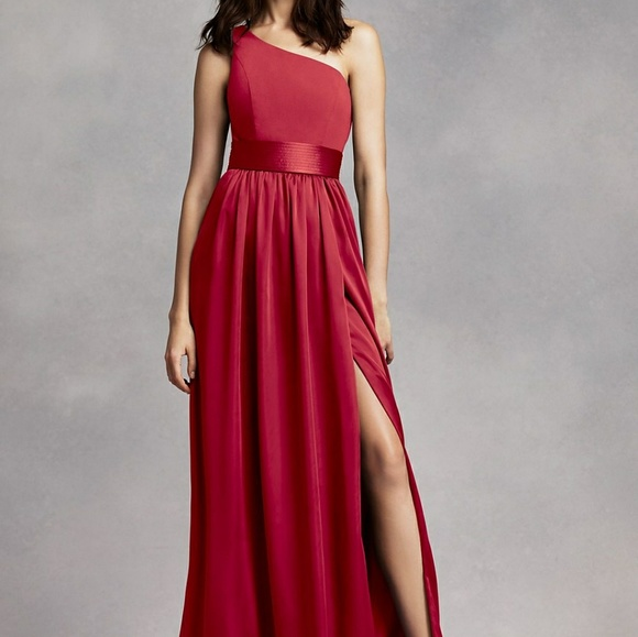 bcb6ce176eb3 David's Bridal Vera Wang apple bridesmaid dress. M_5a83642d3afbbd7540623bf1